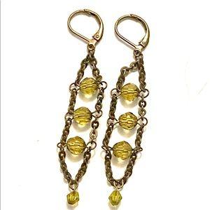 Jewelry - Green dangle earrings